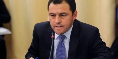 Ministro Burgos y salida de Cristián Riquelme: