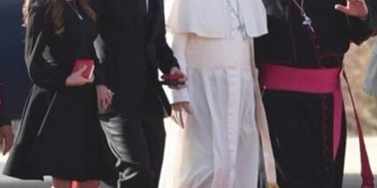 Ex chica RBD comparte fotos de su encuentro con el papa Francisco