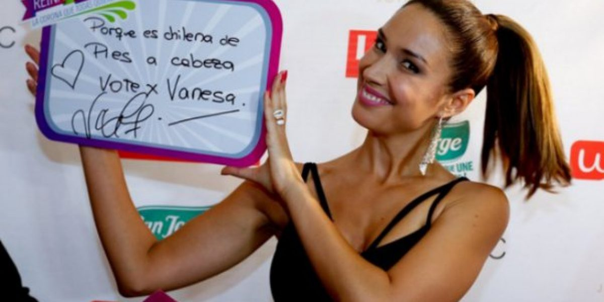 En medio de batucada Vanesa Borghi inscribió su candidatura a reina de Viña 2016