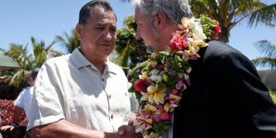 """Alcalde de Rapa Nui y gestión para casos de dengue: """"No esperen más, decreten una medida especial"""""""