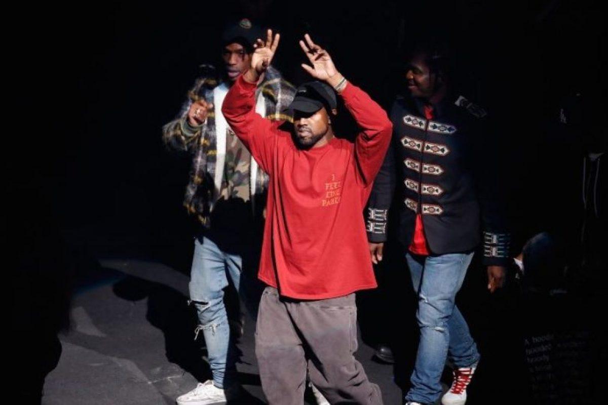 Al respecto, su esposa Kim Kardashian no expuso algún tipo de apoyo a las palabras de Kanye. Foto:Getty Images. Imagen Por: