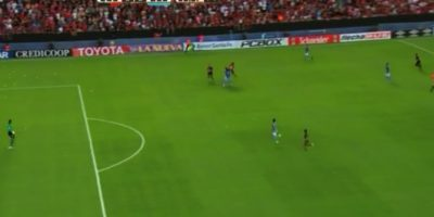 El error de Pepe Rojas en el gol que selló la dura caída de Belgrano ante Colón
