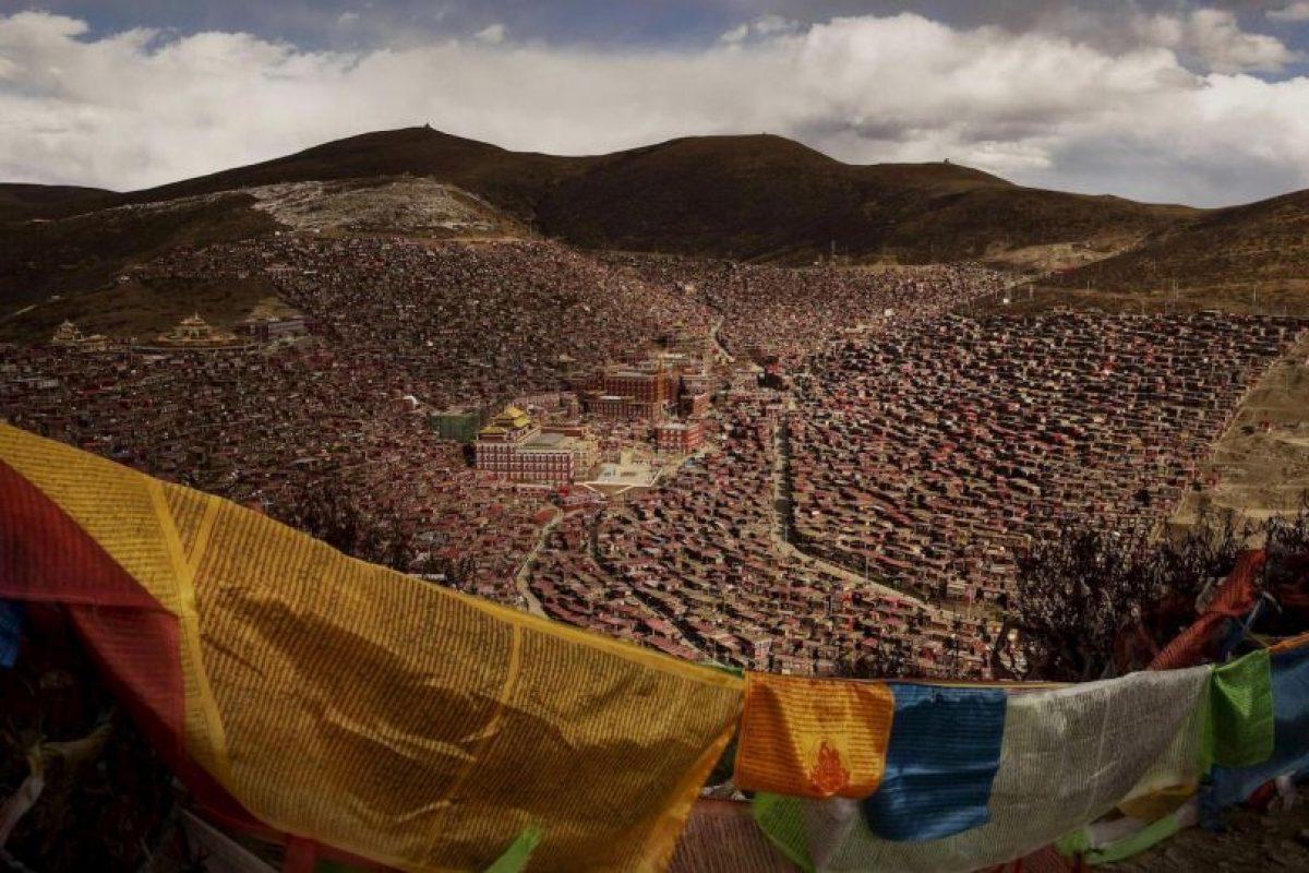 Kevin Frayer. Asamblea Bliss Darma, en el Tibet. Foto:worldpressphoto.org. Imagen Por: