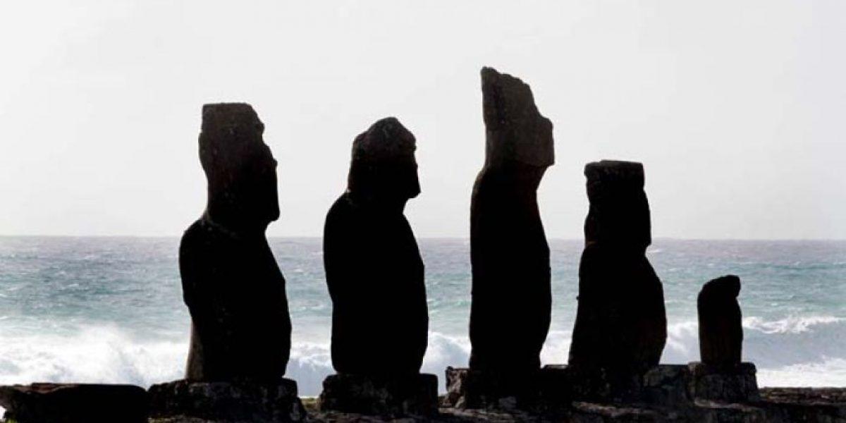 Isla de Pascua: turista murió al ser azotada contra las rocas por el oleaje