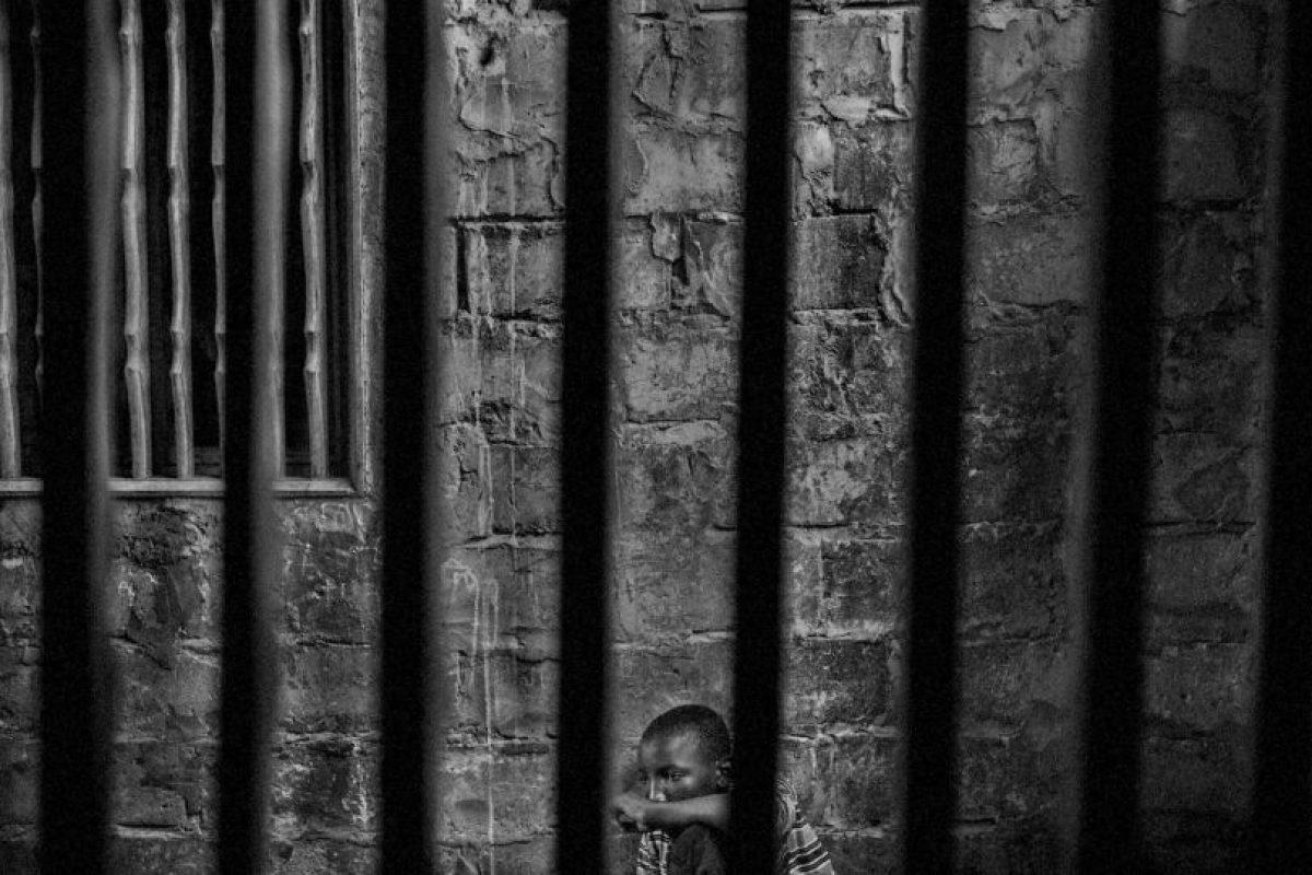 Mário Cruz. Abdoulaye es un niño prisionero en una escuela islámica en Senegal. Foto:worldpressphoto.org. Imagen Por: