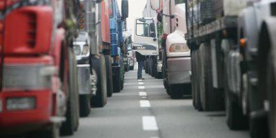 Camioneros en