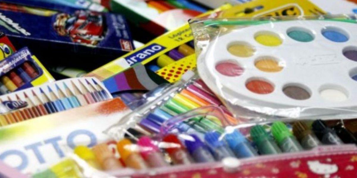 Revisa como puedes postular a la lista de útiles escolares que regala Junaeb