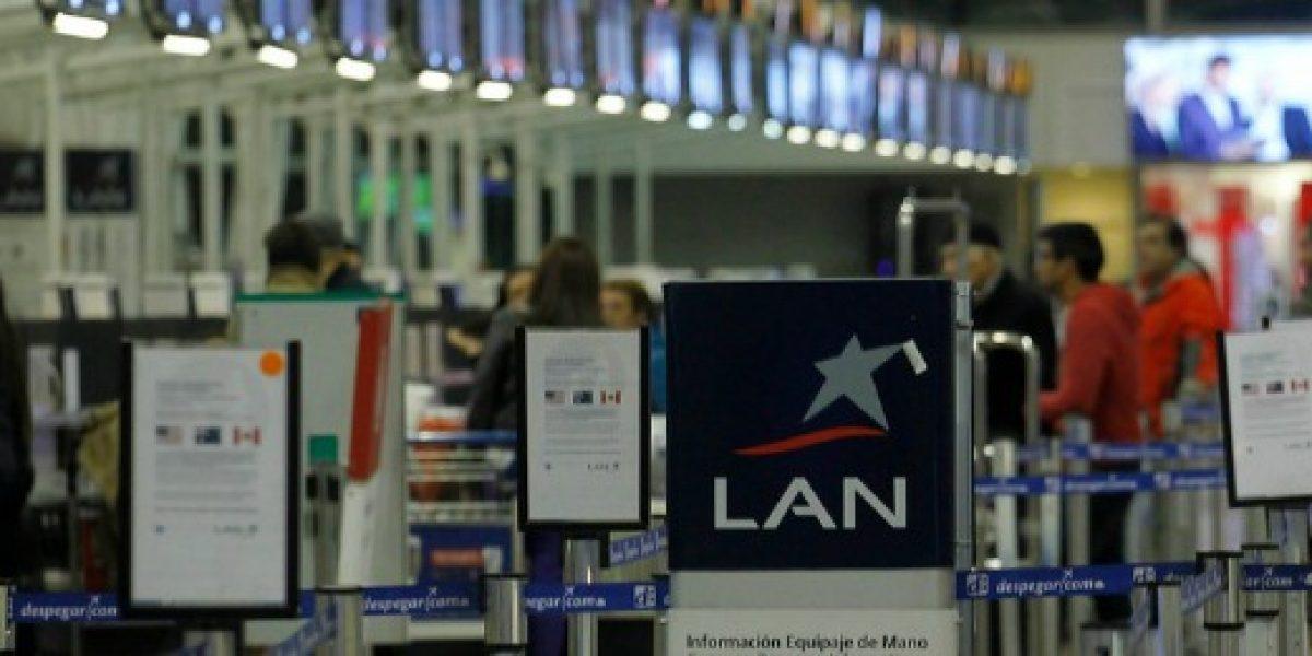 LAN informa de demoras en vuelos y check-in por corte de electricidad
