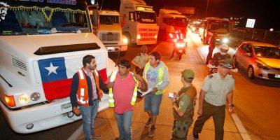 Camioneros concretan movilización y Rutas 68 y 78 amanecen bloqueadas de forma parcial