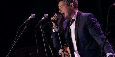 Video: Alejandro Sanz interrumpió su concierto para ayudar a una fanática