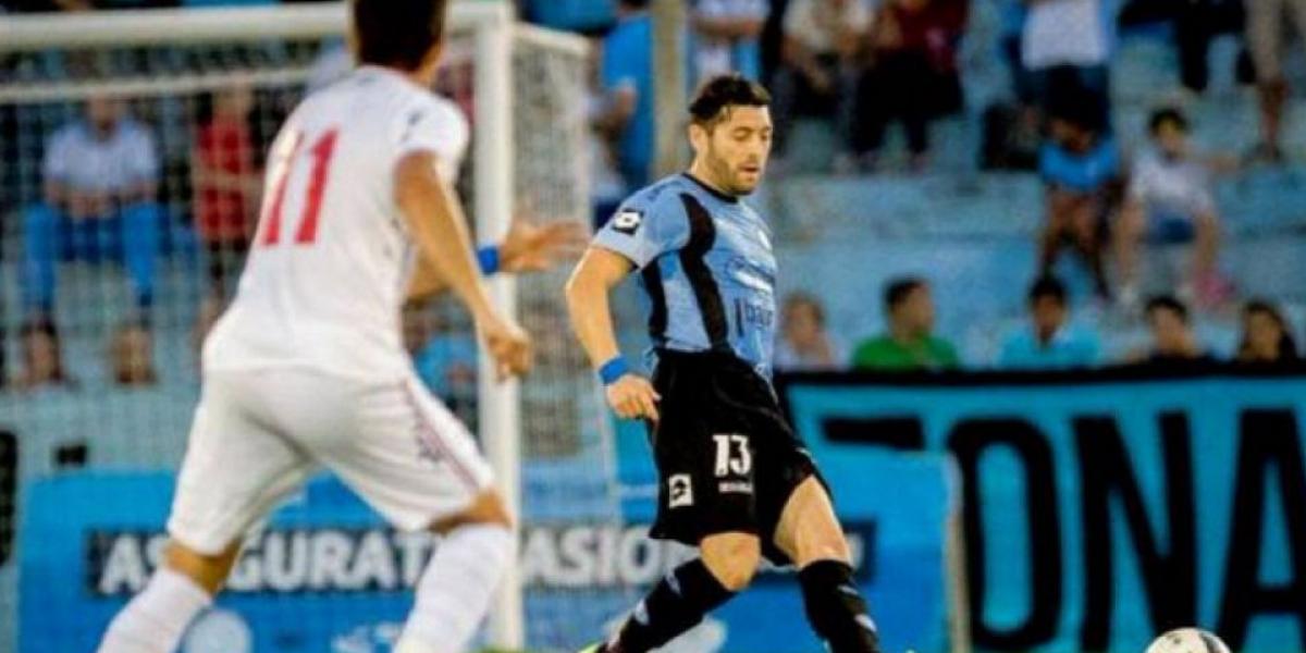Pepe Rojas ingresó a afirmar la defensa en el empate de Belgrano con Banfield