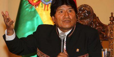 Evo Morales pide debatir sobre uso de redes sociales por pérdida de valores