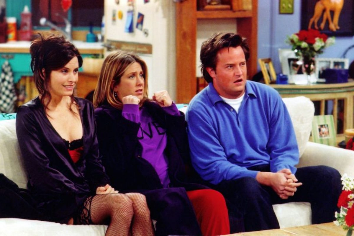 Jennifer Aniston (Rachel), Courtney Cox (Mónica) y Matthew Perry (Chandler) Foto:Getty Images. Imagen Por:
