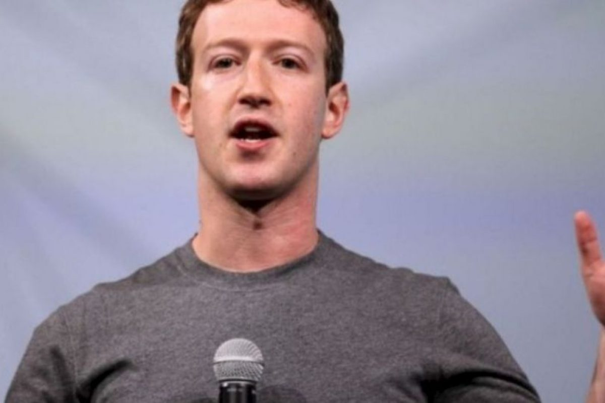 Zuckerberg en la conferencia para desarrolladores F8. Foto:Getty Images. Imagen Por: