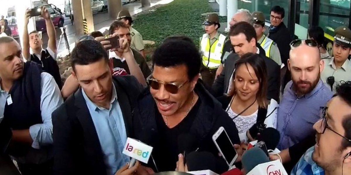 Premiado Lionel Richie ya está en Chile para presentarse en el Festival