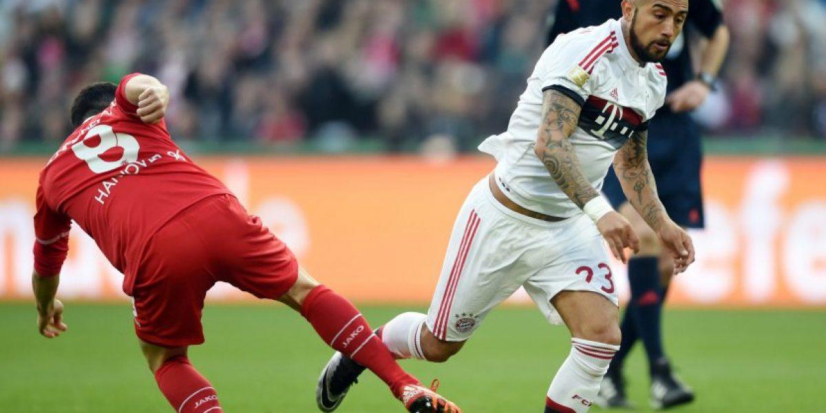 Guardiola reconoce que Arturo Vidal podría jugar de central ante Juventus en la Champions