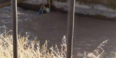 Carabinero rescata a hombre que se ahogaba en canal San Carlos