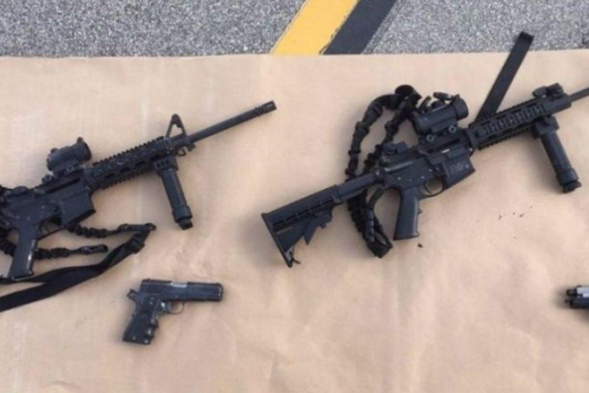 Autoridades encontraron un gran armamento en manos de la pareja. Foto:AFP. Imagen Por: