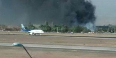 Incendio en cercanías del Aeropuerto de Santiago moviliza a Bomberos