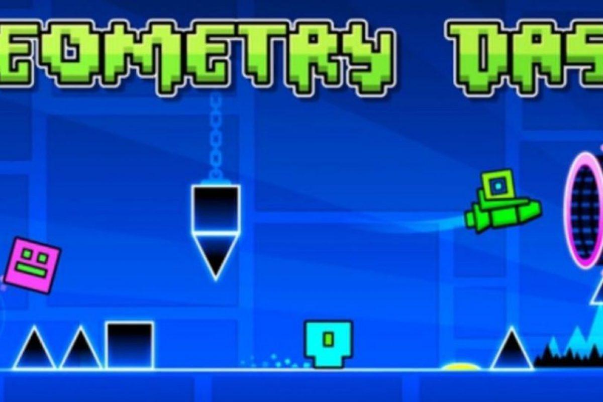 Saltar y volar es lo que deben hacer para seguir su camino en este peligroso juego de plataformas de acción. Foto:RobTop Games AB. Imagen Por: