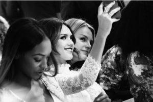 Las mujeres más expuestas a selfies y fotografías de mujeres atractivas tenían una opinión menos positiva sobre su cuerpo Foto:Getty Images. Imagen Por: