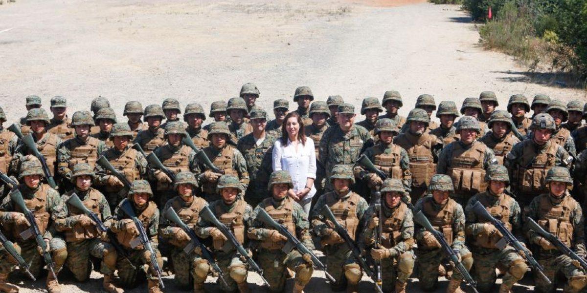 Subsecretaria visita a conscriptos de cursos de verano en Valparaíso