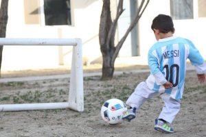 El encuentro se realizaría en el Camp Nou Foto:facebook.com/afghanistanunicef/. Imagen Por: