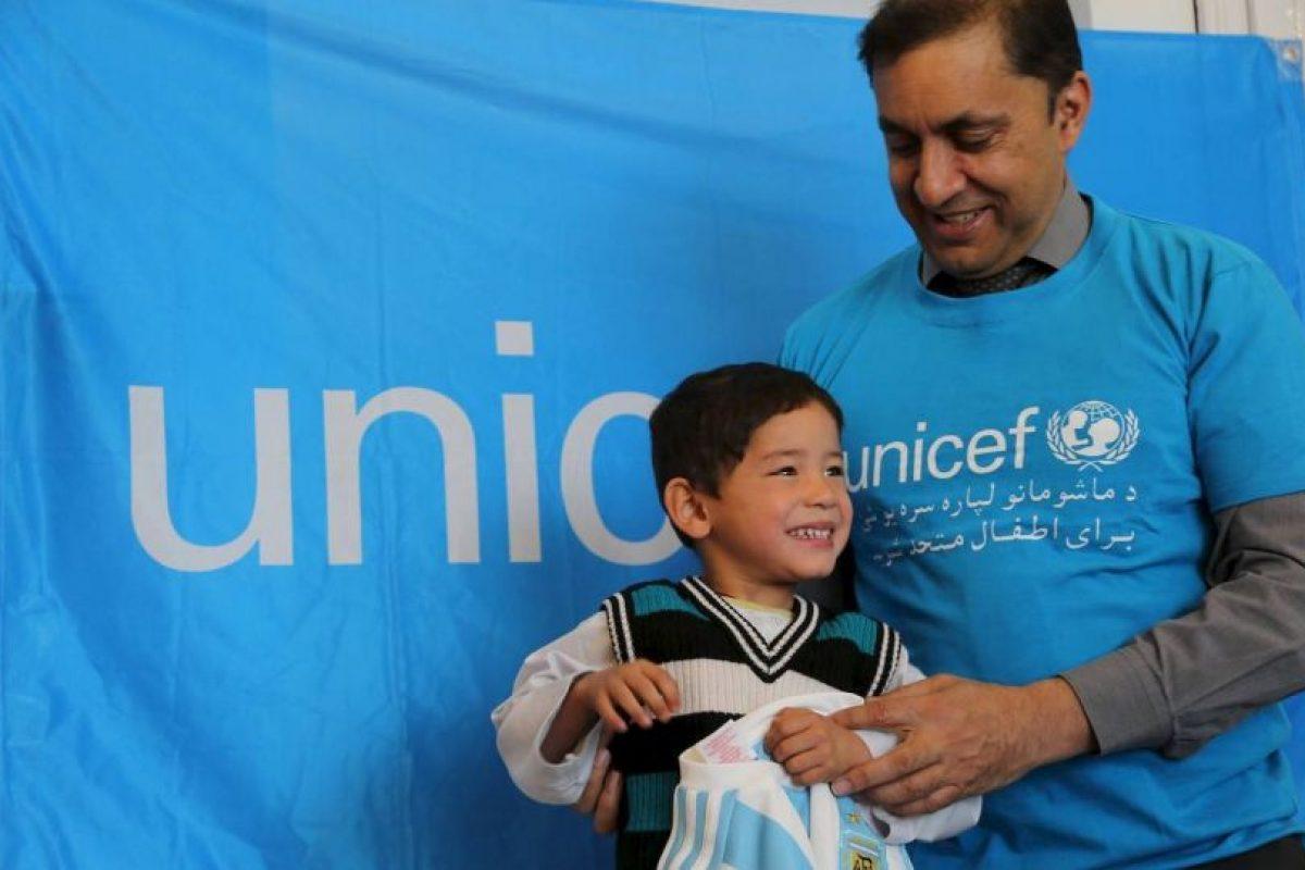 Se espera que en un futuro, pueda conocer a Lionel Messi Foto:facebook.com/afghanistanunicef/. Imagen Por: