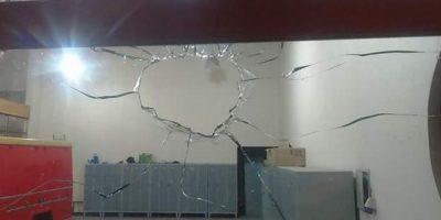 También en regiones: cuartel de Bomberos en Talca fue atacado por desconocidos