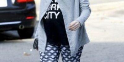 Así luce Anne Hathaway a días de convertirse en mamá