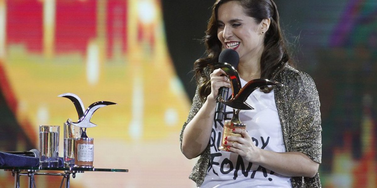 Natalia Valdebenito y su apuesta de humor femenino triunfaron en el Festival
