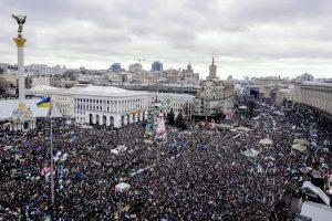 La Plaza de la Independencia de Kiev, o Maidán, durante las acampadas de 2014. Foto:Efe. Imagen Por: