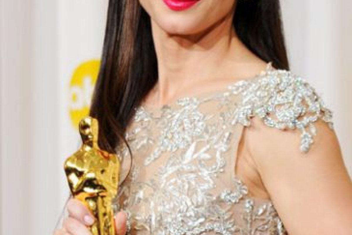 Sandra Bullock tuvo que enterarse de los cuernos de su marido días después de ganar el Oscar. Foto:vía Getty Images. Imagen Por: