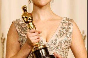 Reese Witherspoon se divorció de su marido Ryan Phillipe luego de ganar el Oscar. Foto:vía Getty Images. Imagen Por: