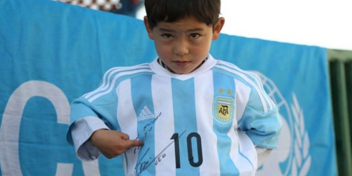 Conmovedor: Niño afgano pronto conocerá a Lionel Messi