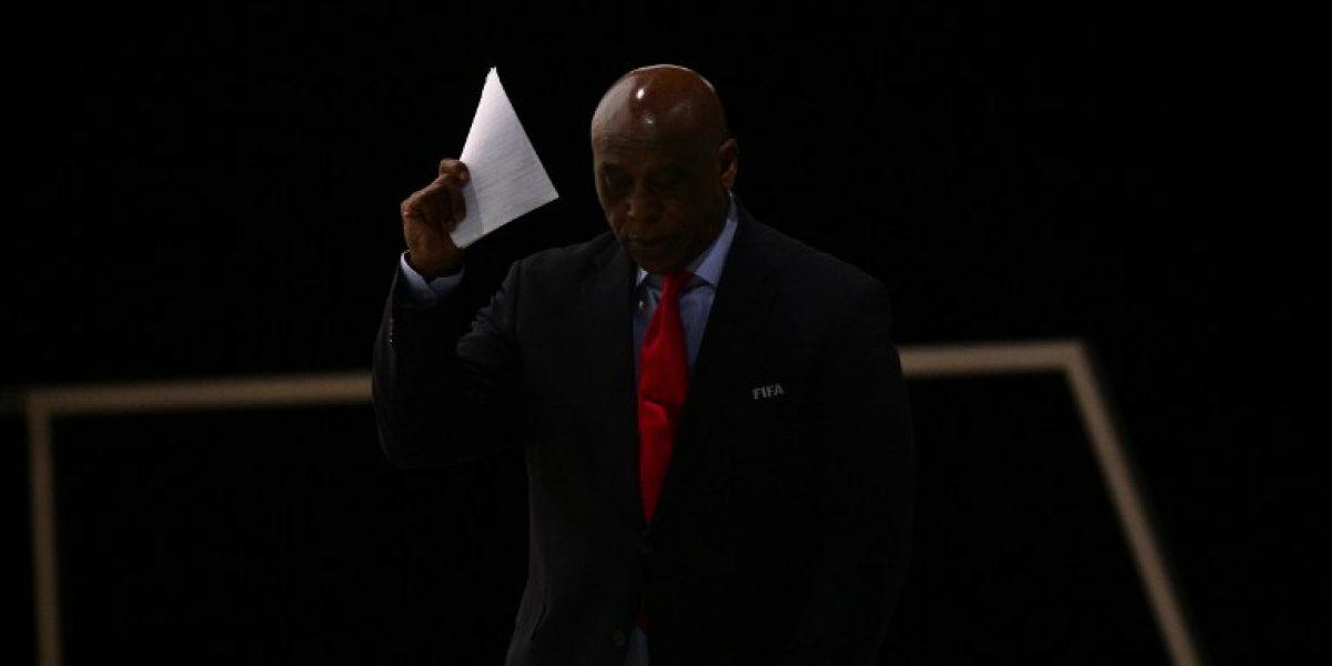 A horas de la elección: Sudafricano Sexwale bajó su candidatura para presidir la FIFA