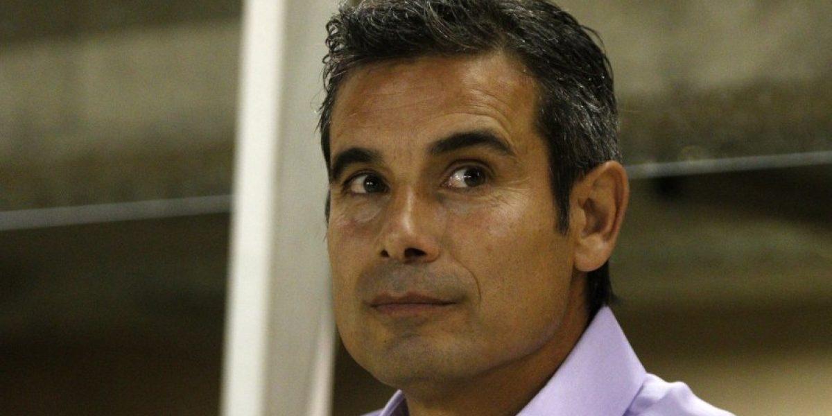 Miguel Ramírez olvida su pasado albo: