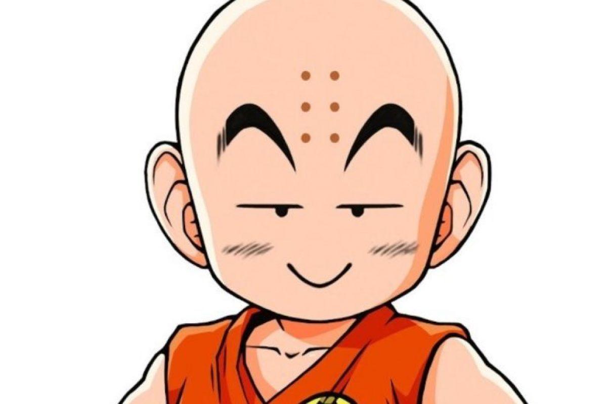 Los puntos que tiene Krillin en la frente son marcas de quemaduras de incienso, ya que él quería ser monje en el templo Orin. Foto:Toei. Imagen Por: