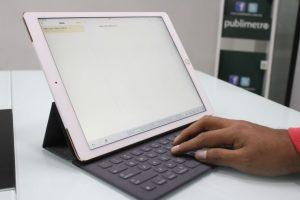 El SmartKeyboard no cuenta con retroiluminación. Foto:Nicolás Corte. Imagen Por: