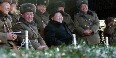 Kim Jong-un dice que tiene un arma que convierte los tanques enemigos en