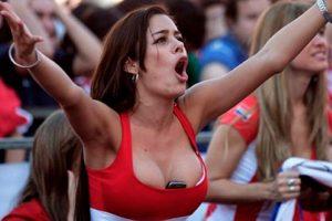 La paraguaya deslumbró con este tipo de atuendos Foto:instagram.com/larissariquelme_imperio. Imagen Por:
