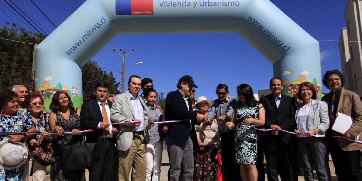 Ministro Undurraga inaugura calle en Dichato en conmemoración del 27F