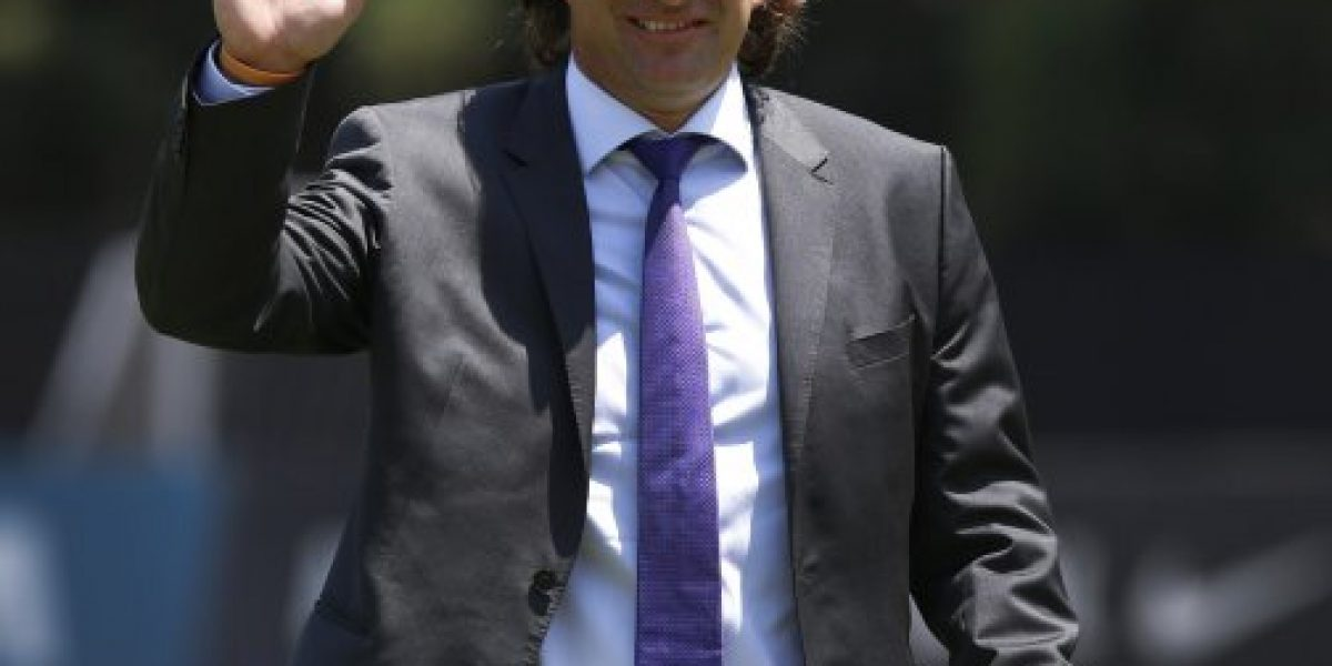 Pizzi volvió a Chile y la ANFP calificó como un éxito su gira