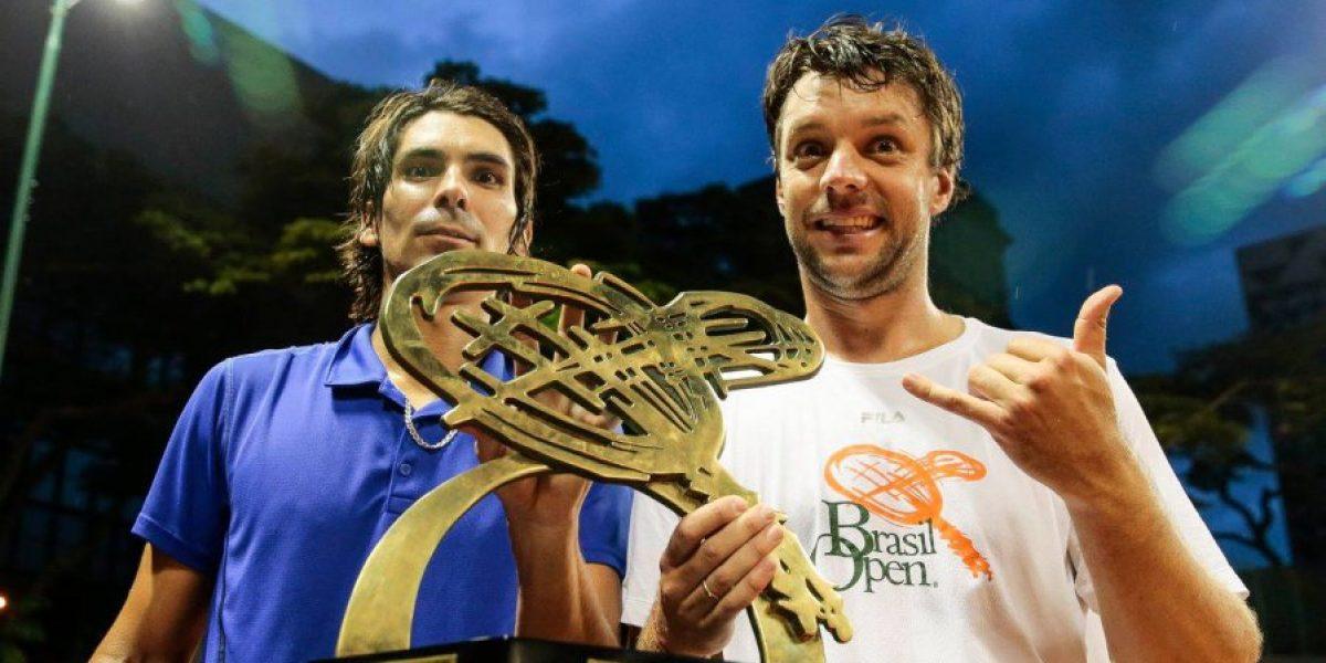 Un feliz Paralta le agredeció a su compañero Zeballos tras el título en Sao Paulo