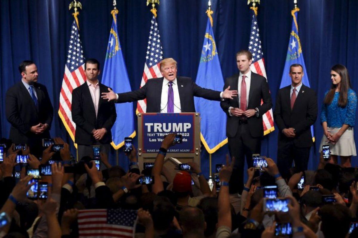 Donald Trump. Comenzó las primarias con una derrota en Iowa, pero desde entonces ganó y su candidatura se toma en serio. Foto:AFP. Imagen Por: