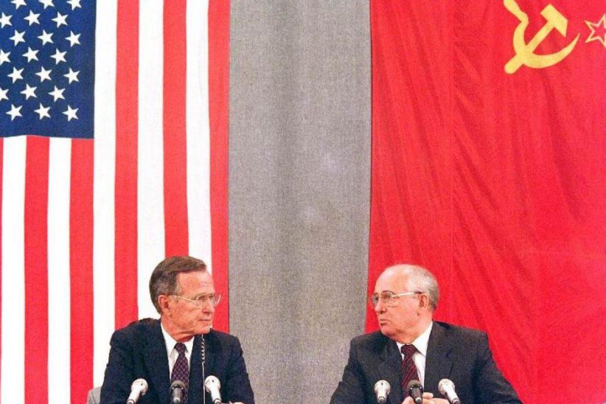 Gorbachov, ex presidente de la Unión Soviética, negocia con Estados Unidos durante su mandato (1989 – 1991). Foto:AFP. Imagen Por:
