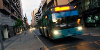¡Evite multas! Parte emisión de partes por usar la vía exclusiva de calle Compañía en el centro