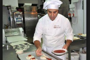 4. Ayudante de cocinero y preparador de comida Foto:italiafastfood.com. Imagen Por: