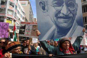 El año bisiesto 1948 le dio mala suerte a Mahatma Gandhi, quien murió el 30 de enero. Foto:Getty Images. Imagen Por: