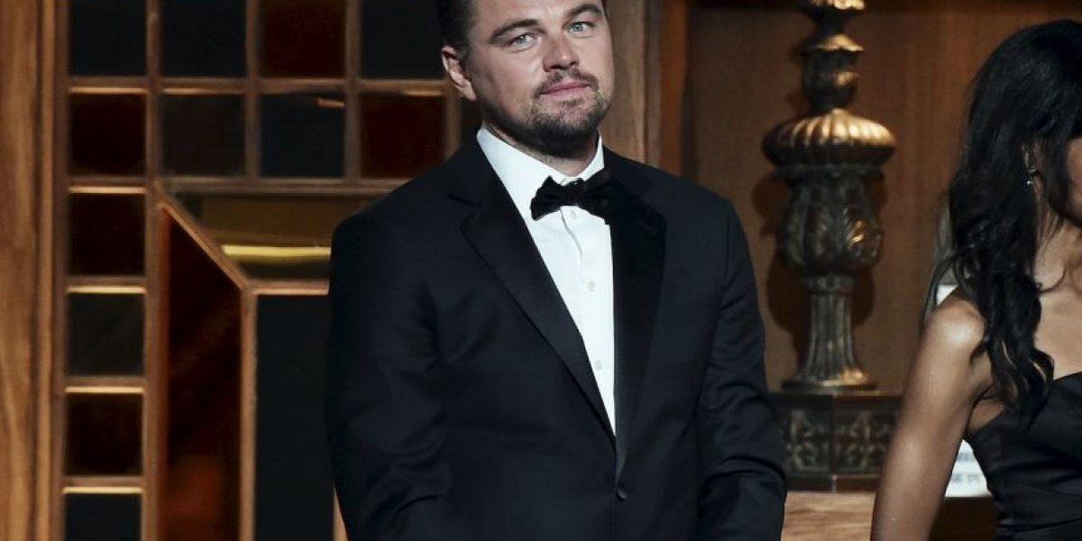 Ella es la mujer que acompaña a Leonardo DiCaprio en los Oscar
